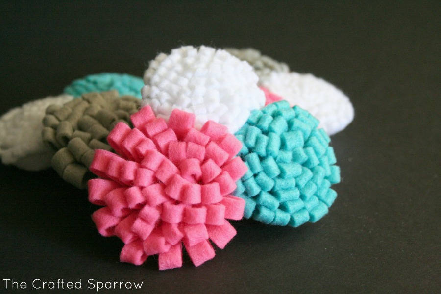 50 beautiful diy felt flower craft ideas you can easily for Diy felt flower mobile