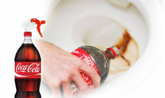 Easily Clean a Toilet with Coke